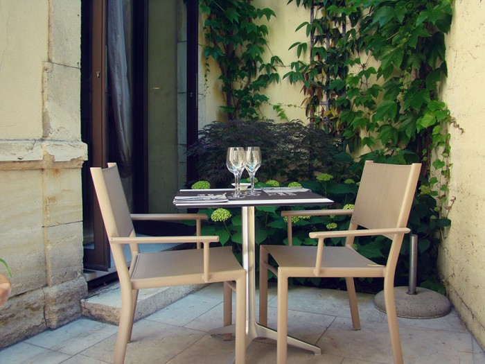 La table des amoureux au restaurant le Carré d'Art